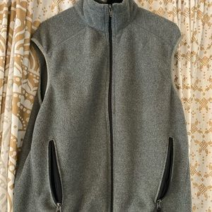Men's Gray Patagonia Turtleneck Vest (Size M)
